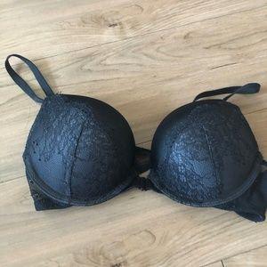 Victoria's Secret Black Lace Bombshell Bra (32A)